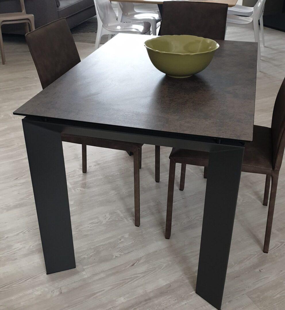 Tavoli e Sedie – Tavolo Copper