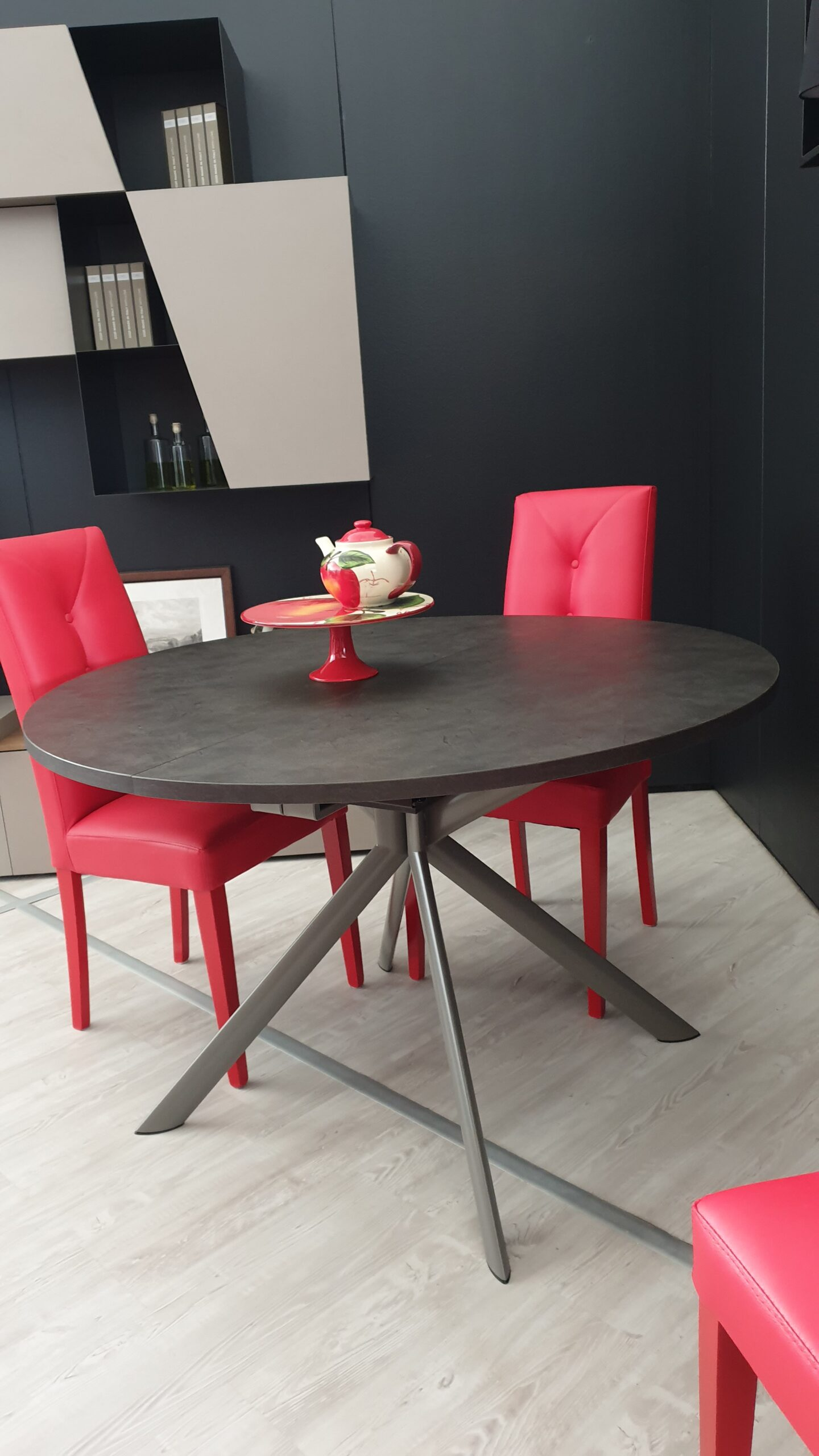 Tavoli e Sedie – Tavolo rotondo