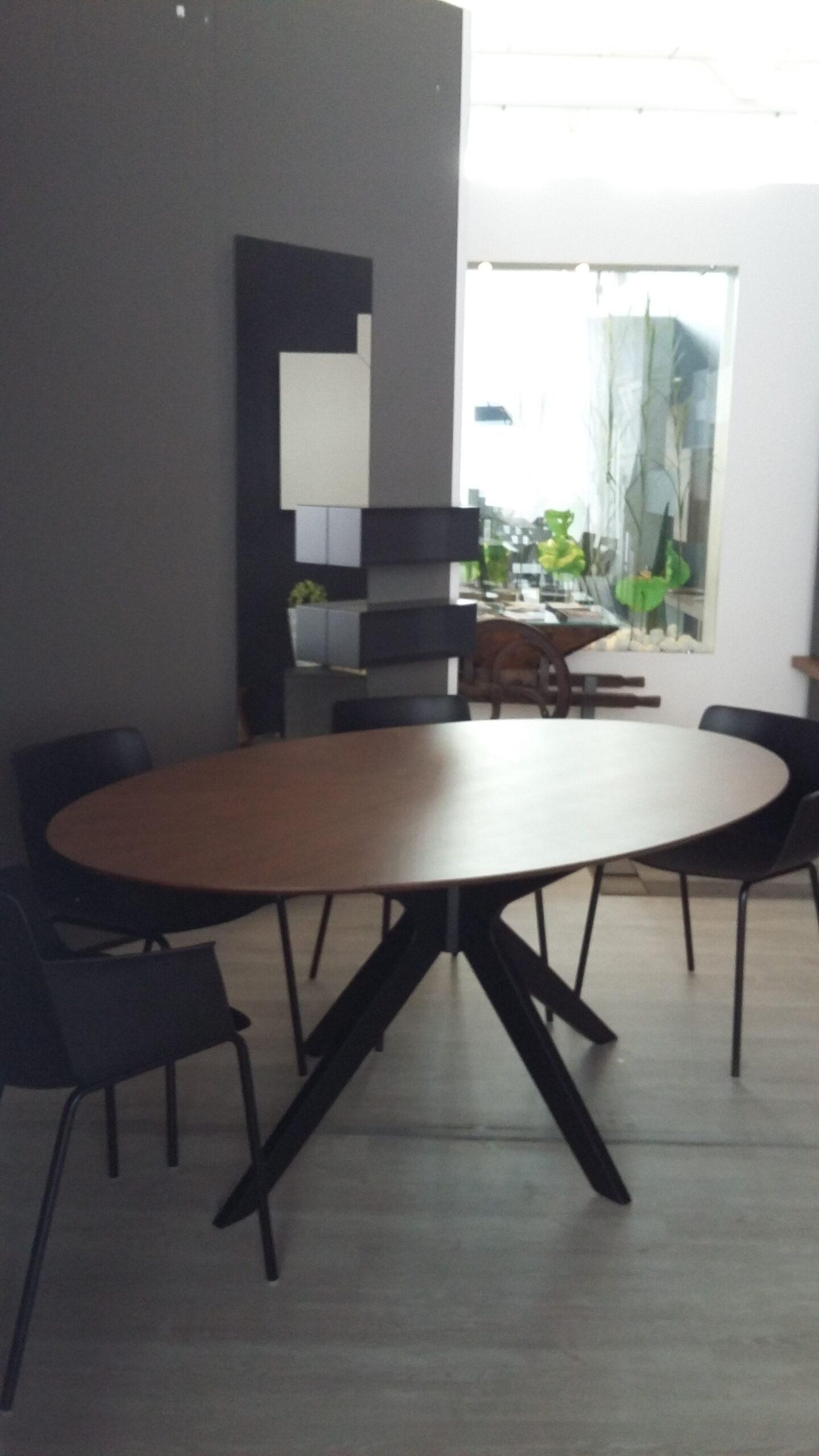 Tavoli e Sedie – Tavolo Naanim